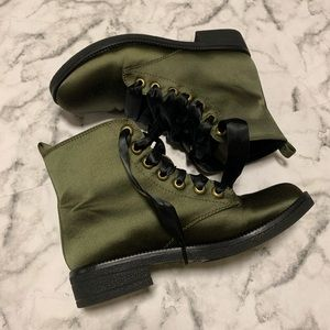 Dirty Laundry Green Boots